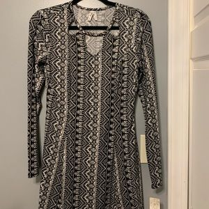 long sleeved patterned dress!